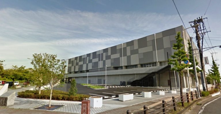 久留米総合スポーツセンター外観-768×398
